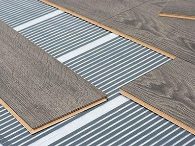 Jobbfólia infra padlófűtés